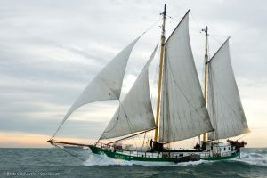 Beluga II sails along the coast of IJmuiden during her maiden voyage from Hamburg to Amsterdam. Beluga II unter Segeln auf der Nordsee.